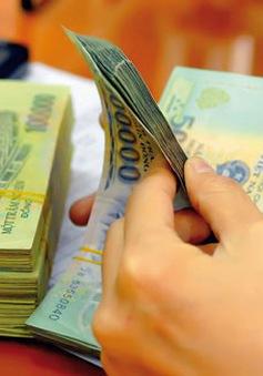 Doanh nghiệp còn chịu nhiều khoản phí không chính thức