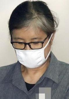 Bà Choi Soon-sil bị kết án 3 năm tù