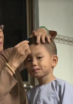 Người bà chăm sóc hàng chục trẻ bị bỏ rơi tại chùa Năng Nhơn, Sóc Trăng
