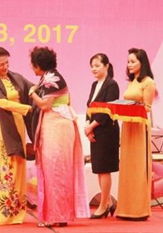 Chủ tịch Quốc hội gặp mặt các nữ Đại sứ và nữ Trưởng đại diện các tổ chức quốc tế tại Việt Nam