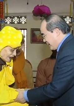Đồng chí Nguyễn Thiện Nhân chúc Tết Giáo hội Phật giáo Việt Nam