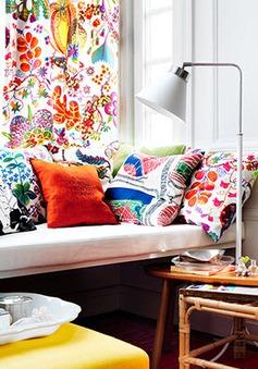Thắp sáng căn phòng bằng những món đồ nội thất sặc sỡ