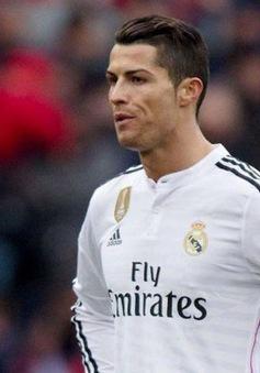 Ronaldo đòi giảm giá chính mình, tin mừng với Man Utd và PSG