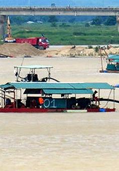 Phú Yên: Bức xúc vì đổ chất thải xây dựng ra sông Ba