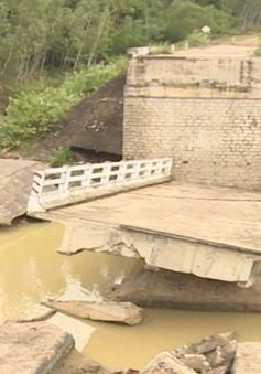 Bình Định: Chậm xây mới, sửa chữa cầu hư hỏng do mưa lũ năm 2016