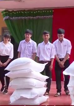 Hỗ trợ hơn 1.100 tấn gạo cho học sinh khó khăn ở Đắk Lắk