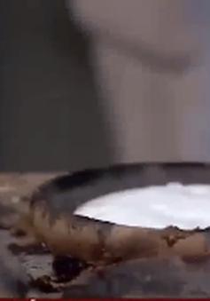 Về Ninh Thuận ăn bánh căn