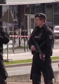 Đức: Berlin báo động vì hai túi đựng đầy đạn tại chợ Giáng sinh