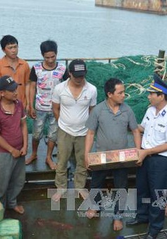 Cảnh sát biển đồng hành cùng ngư dân