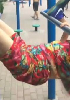 Quy trình tập thể dục ấn tượng của cụ bà 85 tuổi