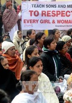 Ấn Độ y án tử hình 4 đối tượng trong vụ cưỡng dâm tập thể trên xe bus