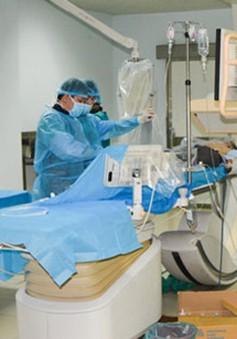 Cứu sống thần kỳ bệnh nhân 3 lần ngừng tim, ngừng tuần hoàn
