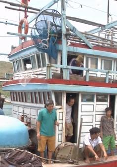 Cứu thành công 10 thuyền viên gặp nạn trên biển