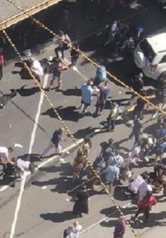 Xe ô tô bất ngờ đâm vào người đi bộ ở Melbourne, Australia