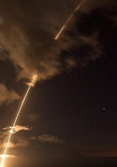 Mỹ thử nghiệm đánh chặn tên lửa đạn đạo tầm trung ngoài khơi Hawaii