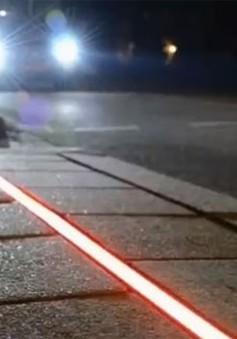 Đèn đường đặc biệt cho người nghiện smartphone