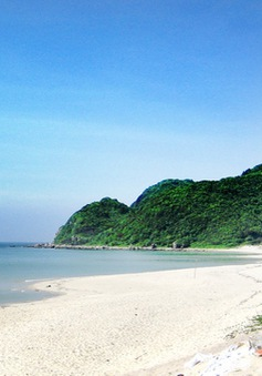 Đắm mình trong vẻ hoang sơ, thơ mộng của đảo Quan Lạn