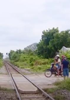 Ninh Thuận: Nhiều đường ngang không đảm bảo an toàn