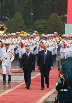Lễ đón trọng thể Tổng thống Hoa Kỳ Donald Trump tại Hà Nội