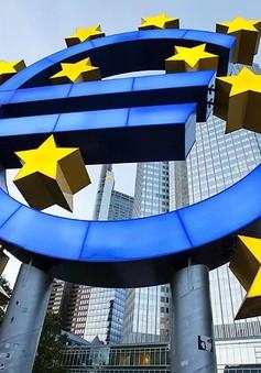 ECB nâng dự báo tăng trưởng kinh tế Eurozone