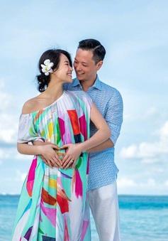 Hồ Hạnh Nhi bất ngờ tung ảnh mang bầu
