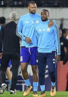 Nhận án treo giò 7 tháng, Patrice Evra bị Marseille thanh lý hợp đồng