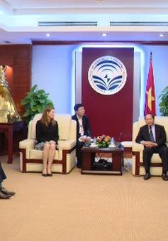Facebook cần hợp tác chặt chẽ với Việt Nam để ngăn chặn, gỡ bỏ các tài khoản giả mạo