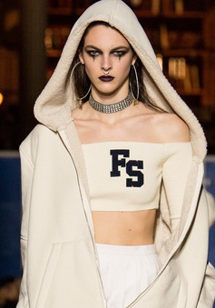 Điểm nhấn thú vị tại Tuần lễ thời trang Paris