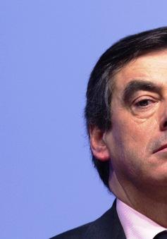 Sức ép dư luận đối với ứng viên Tổng thống Pháp Francois Fillon