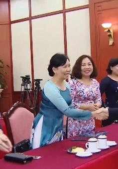 Tổng Bí thư gặp mặt các nữ đại biểu Quốc hội