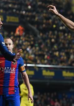 """Tức """"hộ"""" Messi, Neymar, Pique chỉ trích Real và Ronaldo thậm tệ"""