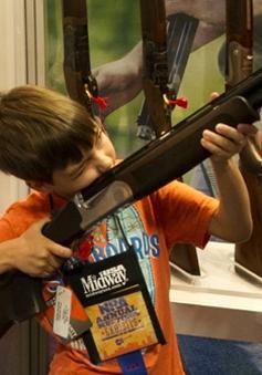 Mỹ: Gần 1300 trẻ em thiệt mạng mỗi năm do súng đạn