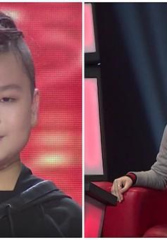 """Giọng hát Việt nhí: Tiên Cookie thích thú với kiểu tóc """"đuôi tôm"""" của học trò Soobin"""