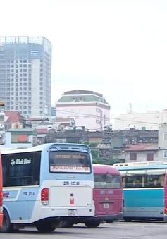 Hà Nội bác bỏ phương án tăng giá cước vận tải theo giá xăng