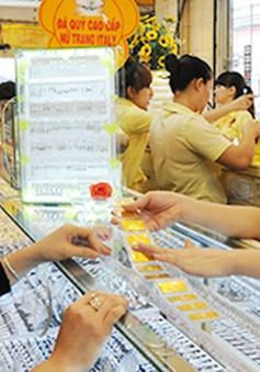 Giá vàng miếng SJC bật tăng mạnh sau Tết