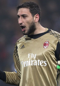 """Thủ thành """"cạn tình"""", AC Milan vẫn hứa bao dung"""