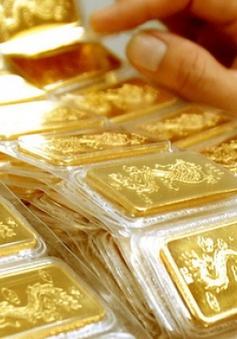 Giá vàng trong nước quay đầu giảm nhẹ