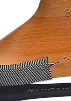 Giày làm từ… chai nước tái chế