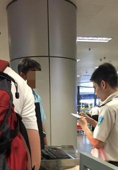 Dùng giấy tờ giả, nam hành khách bị cấm bay 6 tháng