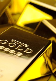 Đồng USD mạnh đẩy giá vàng giảm trên thị trường châu Á