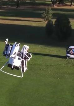 Giải pháp cho các tay golf chán đi bộ