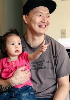 Hàn Quốc đề xuất luật nghỉ nuôi con đối với nam giới