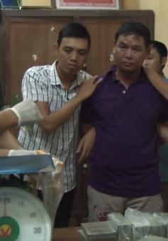 Bắt đối tượng vận chuyển 20 bánh heroin tại Hưng Yên