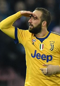 Higuain tỏa sáng, Juventus thắng tối thiểu Napoli