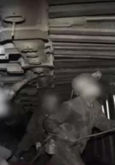 Tai nạn hầm lò, 2 công nhân bị vùi lấp
