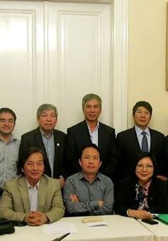 Ra mắt Hội Trí thức Việt Nam tại Hungary