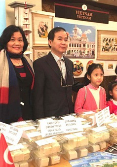 ĐSQ Việt Nam tại Thổ Nhĩ Kỳ tham gia Hội chợ từ thiện của Bộ Ngoại giao