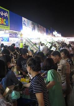 150 gian hàng tham gia hội sách Hải Châu - Đà Nẵng