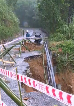TT-Huế: Vẫn còn nhiều vùng chia cắt do mưa lũ