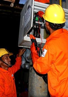 Điện lưới Quốc gia đến với hơn 2.300 người dân xã đảo Sơn Hải